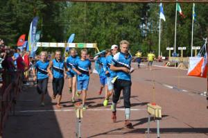 KS 1-joukkue NuJu2014 maalissa