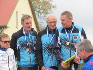 Kultamitalistit Ossi Tani, Asko Määttä ja Hannu Töyrylä.